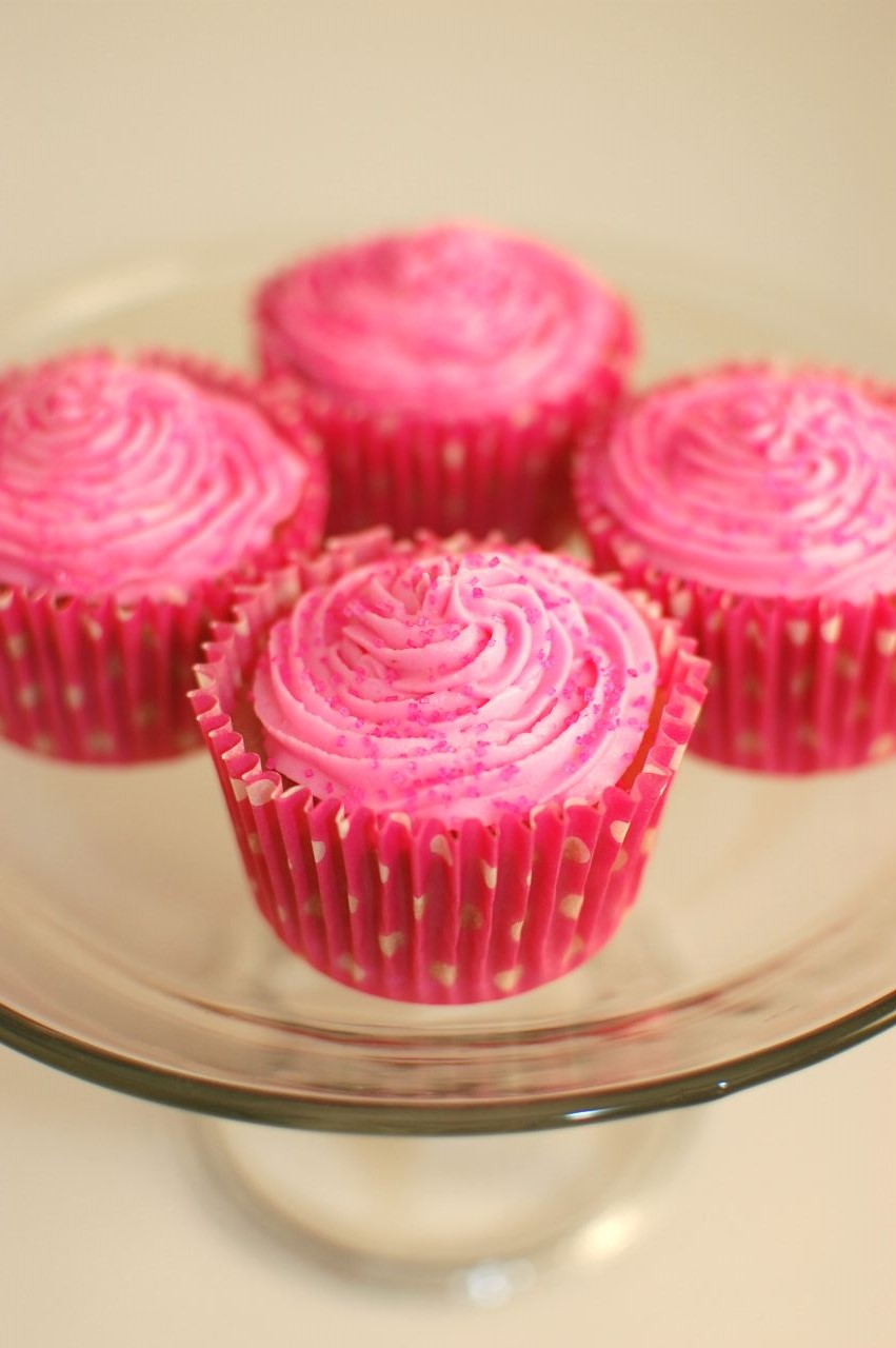 Pinkie for Pink: Strawberry Cupcakes