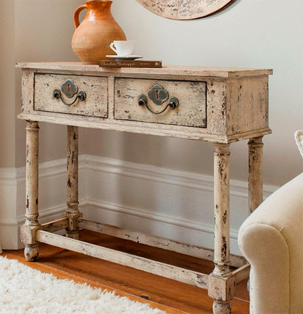 Decoration Your Home With Antiques and a Difference