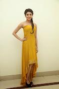 Pranitha latest dazzling pics-thumbnail-2