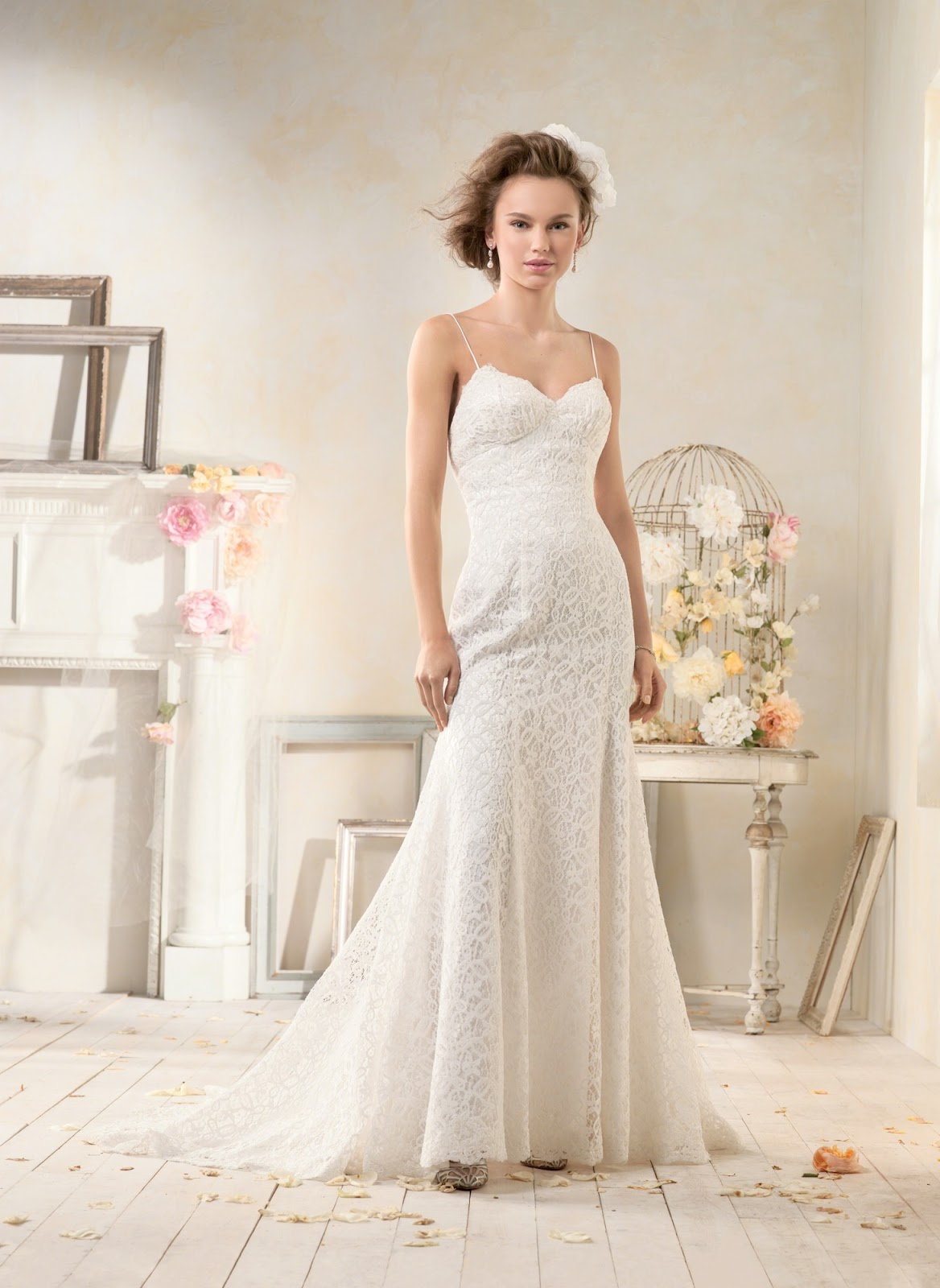 Alfred angelo modern vintage wedding dresses for Modern vintage lace wedding dress