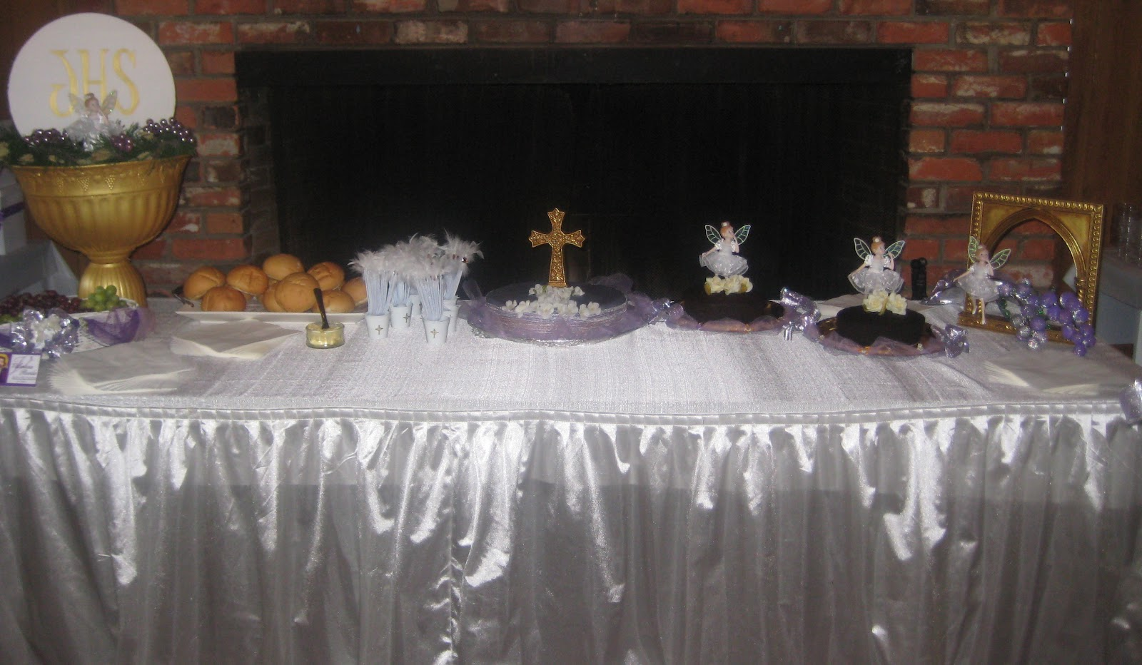 Utopia party decor first communion party decor for 1st communion decoration ideas
