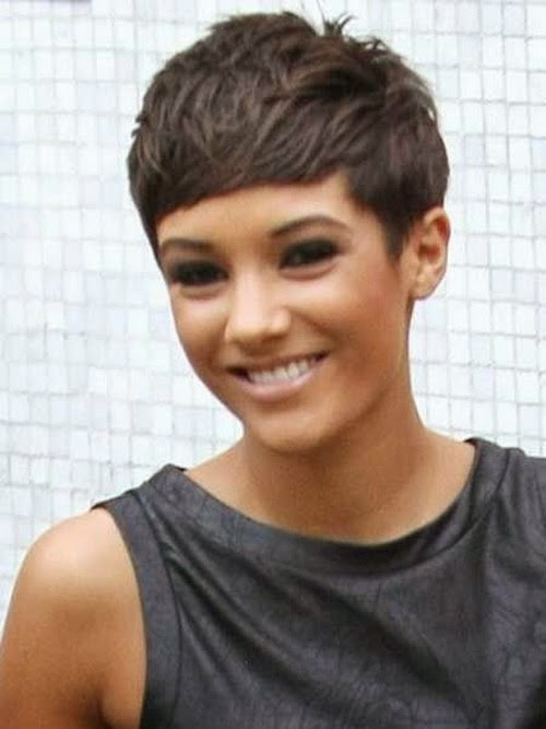 short hairstyles for thin hair with bangs