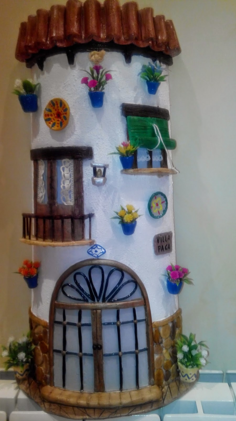 1200 best TEJAS DECORADAS images on Pinterest | Clay houses, Roof ...