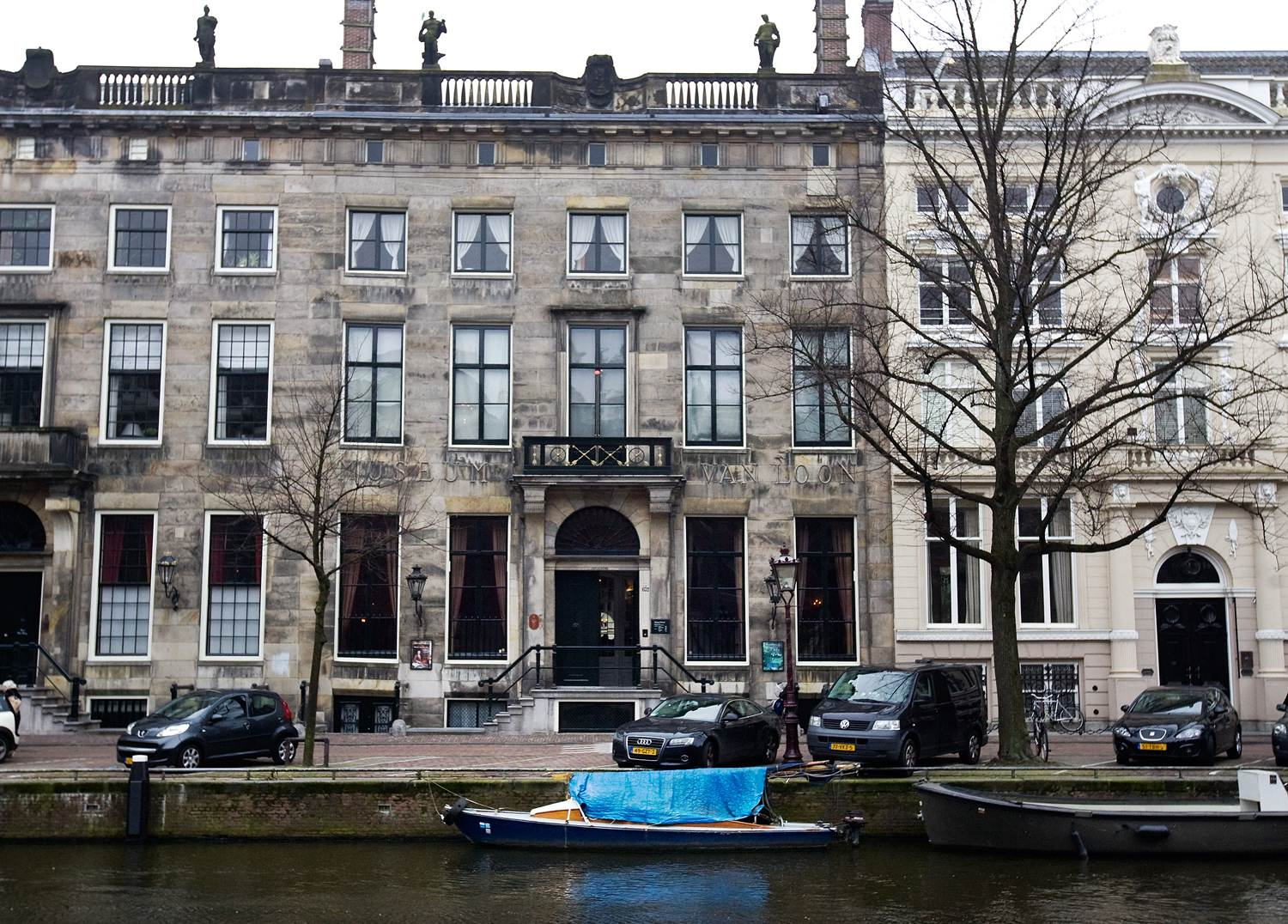 When in amsterdam amsterdam canal house museums van for Museum amsterdam