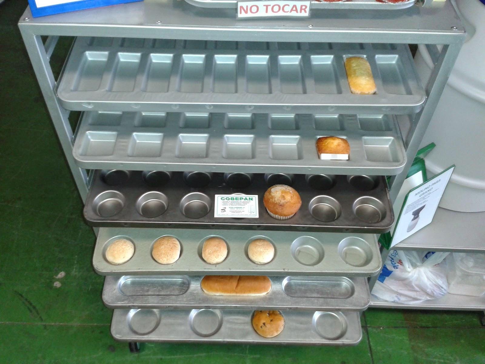 Distintos tipos de bandejas embutidas para panaderia y bolleria