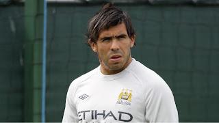 Tévez insiste en irse del Manchester City