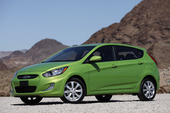 2012 Hyundai Accent Green Veloster Auto Car
