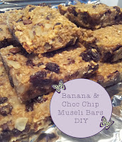 banana choc chip muesli bars