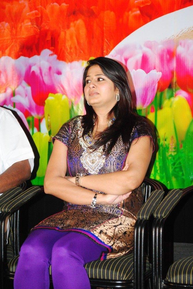 http://3.bp.blogspot.com/-FcGYMT5wCXA/TgQilw6l1II/AAAAAAAAbDg/lhk-IN12sqo/s1600/actress-sangeetha-stills-4.jpg