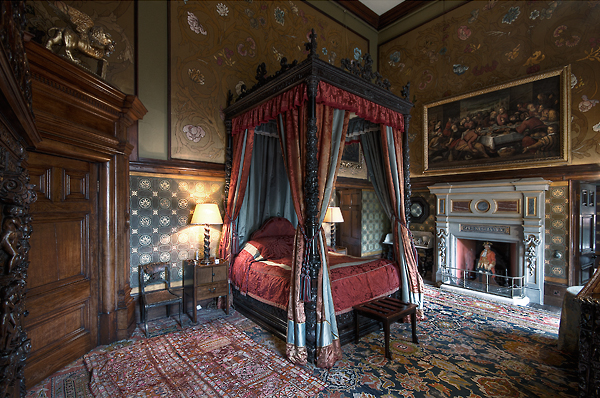 the history notes place to visit eastnor castle uk. Black Bedroom Furniture Sets. Home Design Ideas