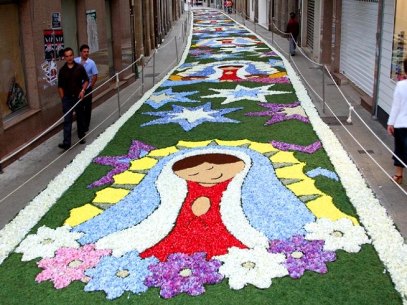 Corpus ponteareas 2011 turismo galicia for Dibujos para alfombras