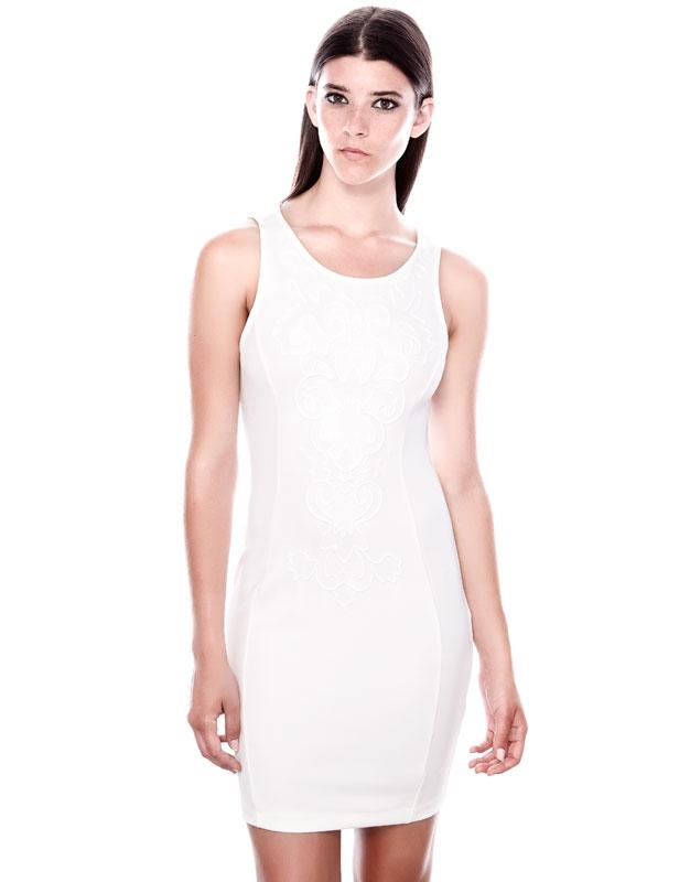 klasik kesim beyaz gece elbisesi, dar