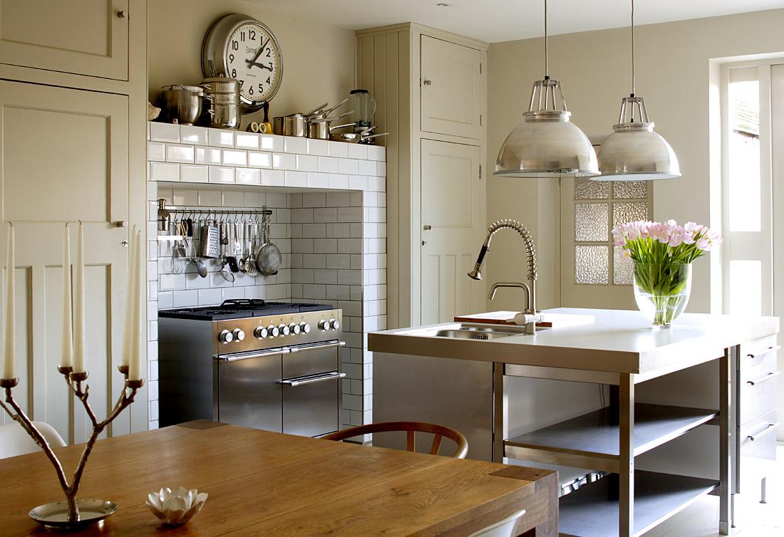 Estilo rustico ashington house una casa rustica inglesa - Piastrelle diamantate cucina ...