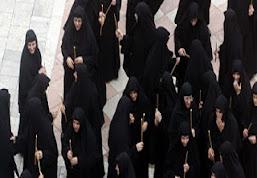Ουκ ένι άρσεν και θήλυ: Οι αγώνες των γυναικών στις άνισες κοινωνίες
