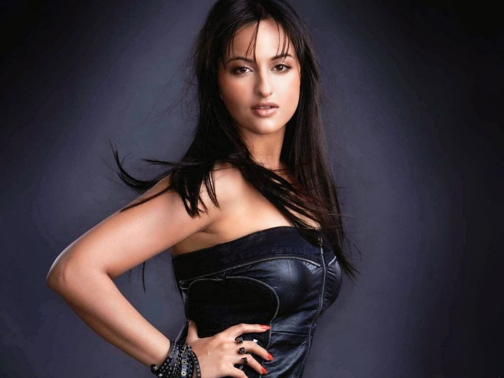 Bollywood Indian Actress Sonakshi Sinha Very Hot in Black HD Wallpaper