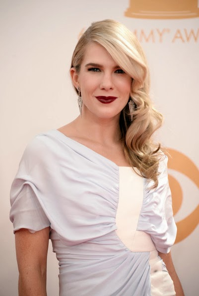 Lily Rabe Side Hairstyle