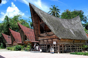 Image result for rumah bolon toba