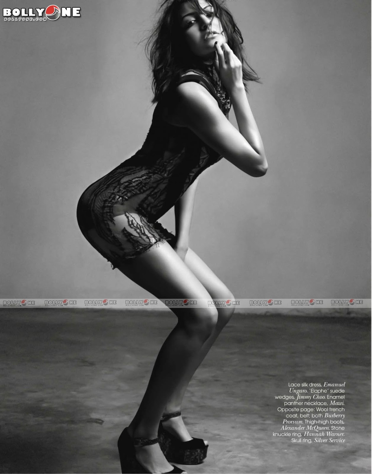 Anushka Sharma Vogue Magazine Scan1 - Anushka Sharma VOGUE Magazine February 2012 Hottest Pics