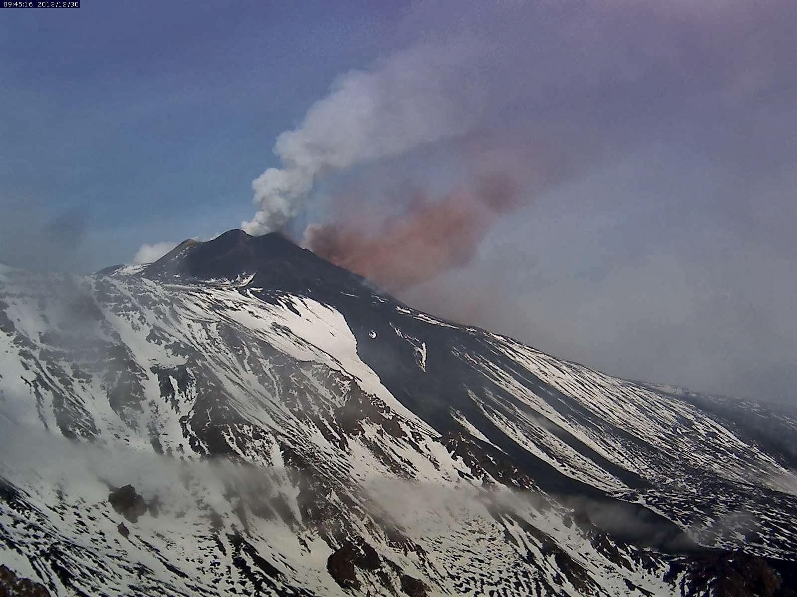Les deux panaches du volcan Etna, 30 decembre 2013