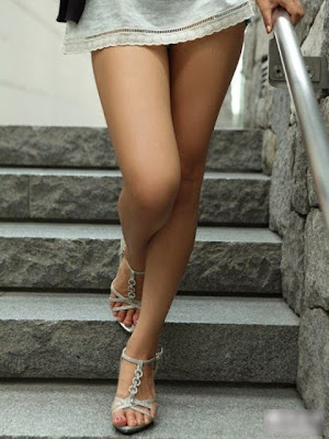 Top+10+Hollywood+Actresses+Hottest+Legs+2013001