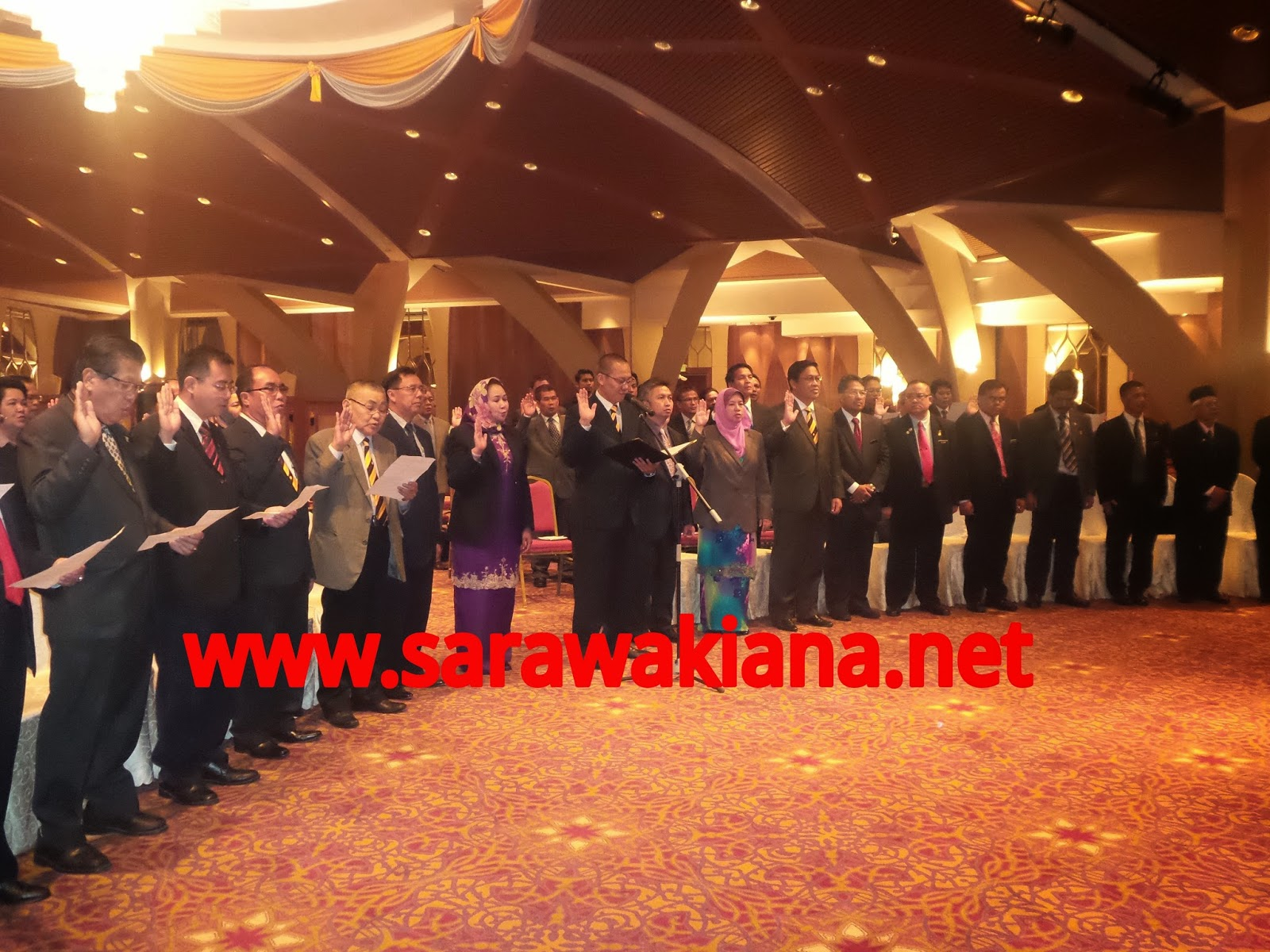 Ikrar Intergriti 25 ADUN BN dan 30 Setiausaha Politik Sarawak