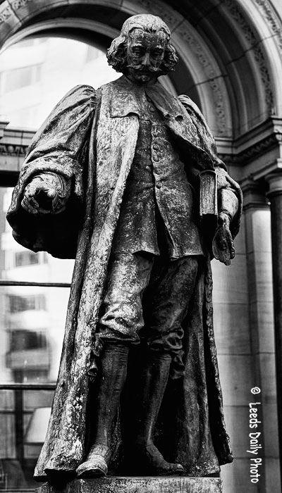 John Harrison Leeds Statue