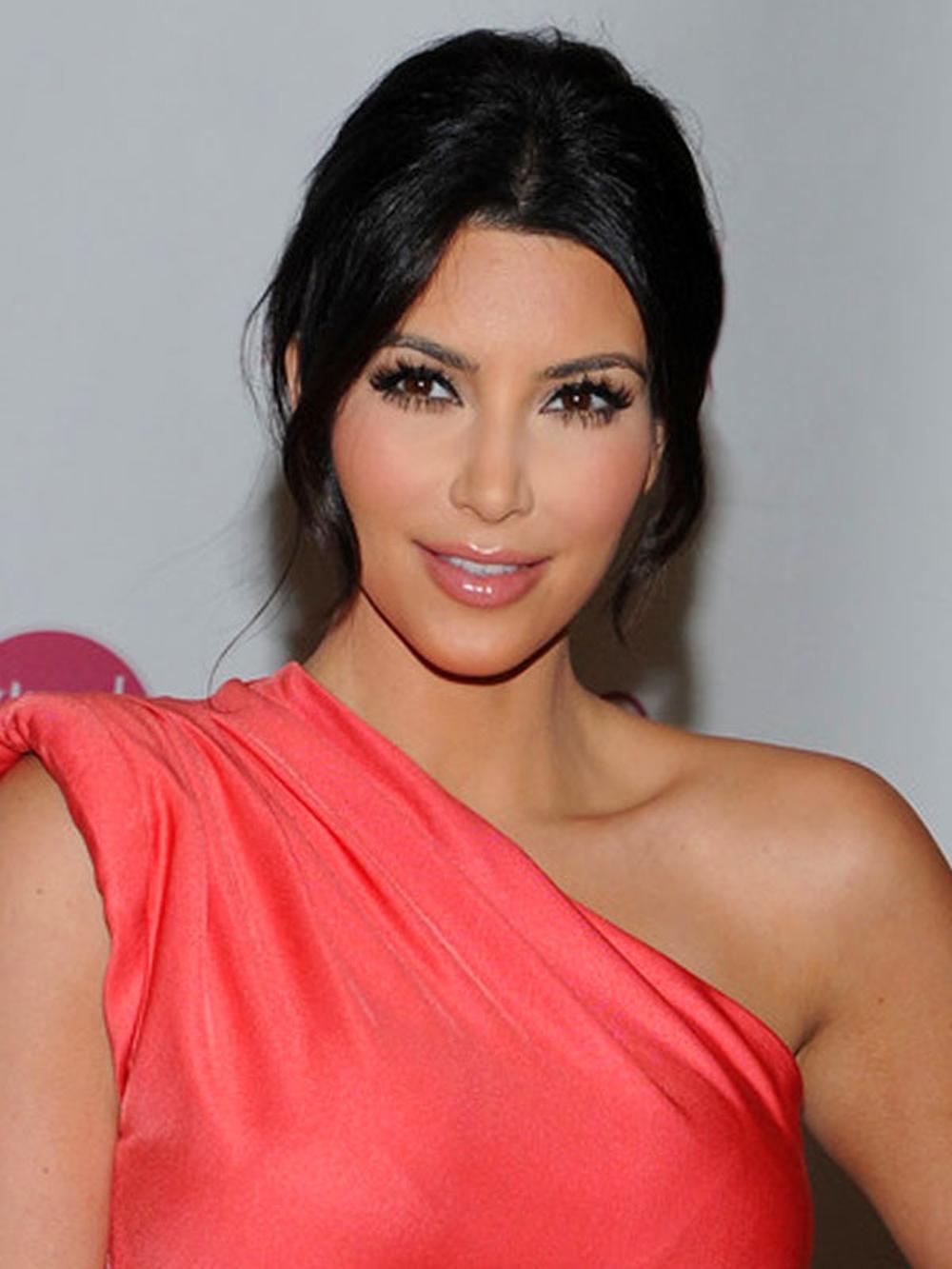 Kim Kardashian Updo Hairstyles 06