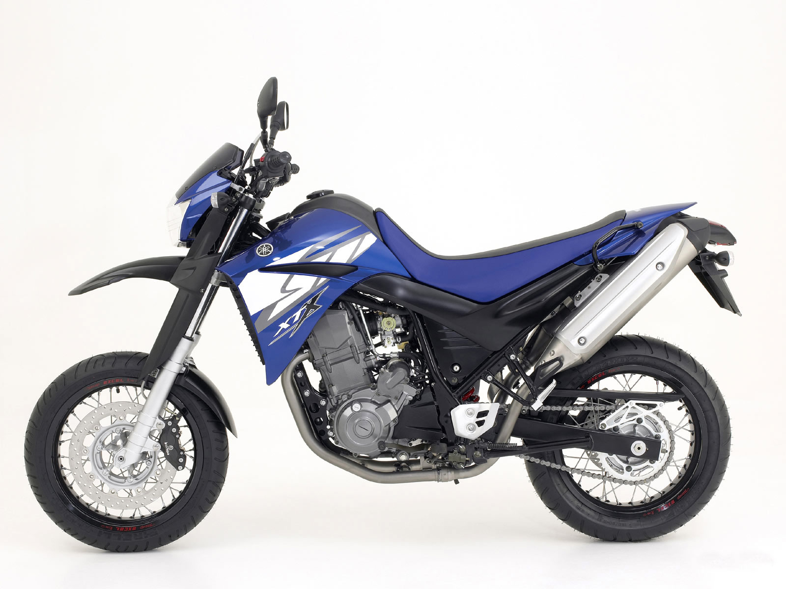 2004 YAMAHA XT660X Supermotard pictures  specifications   Super