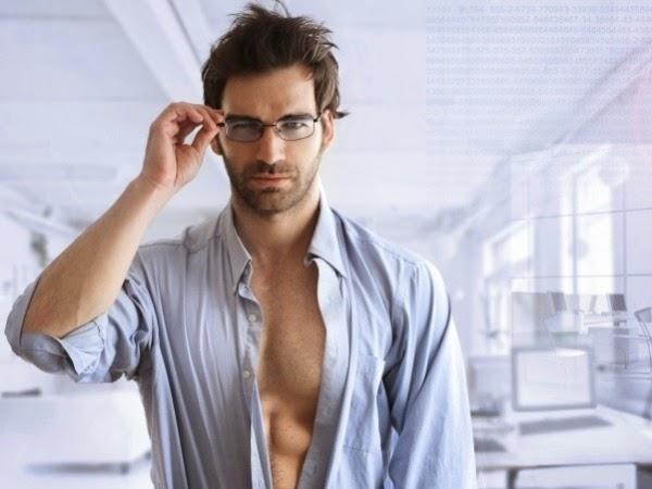 Tips Menjaga Kesehatan Mata bagi Orang yang Berkacamata