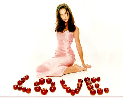 Jennifer Love Hewitt Gorgeous Wallpaper