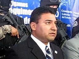 El Procurador de Guanajuato Carlos Zamarripa sufrió un ataque de sicarios en su residencia de un ex