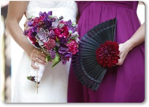 solfjäder till bröllop, solfjäder med blommor, annorlunda brudbukett