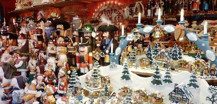 [ 581. Striezelmarkt / Weihnachtsmarkt {1434-2015} in Dresden ]