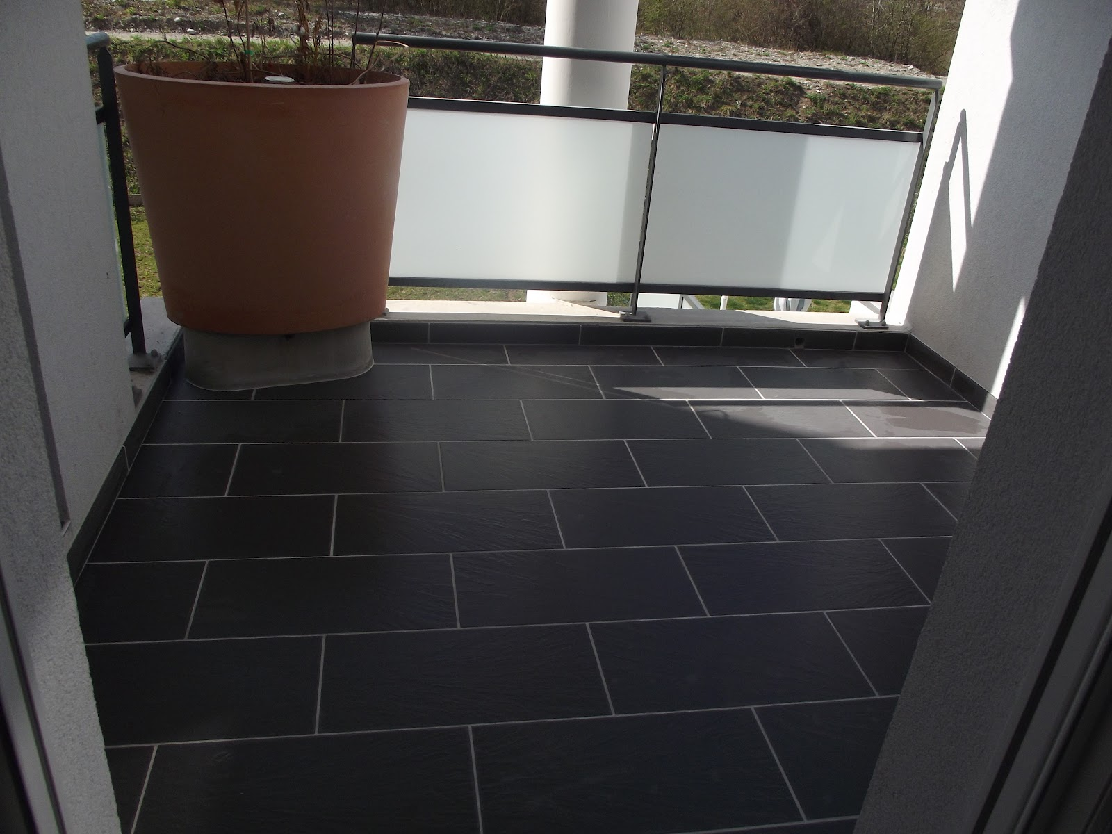 Concept carrelage cr ation pose d 39 un carrelage for Carrelage balcon