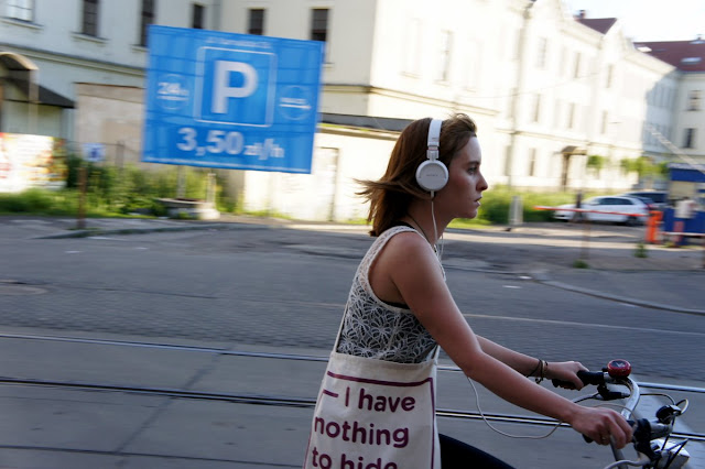 muzyka na rowerze, słuchawki na rower