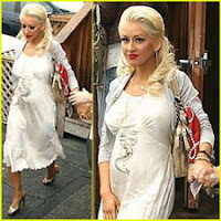 Christina Aguilera Pregnant Leaked Photos