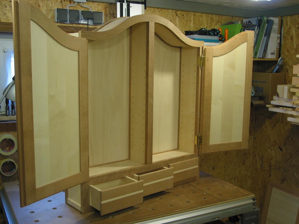 thewoodtinkerer apothekenschrank teil 6. Black Bedroom Furniture Sets. Home Design Ideas