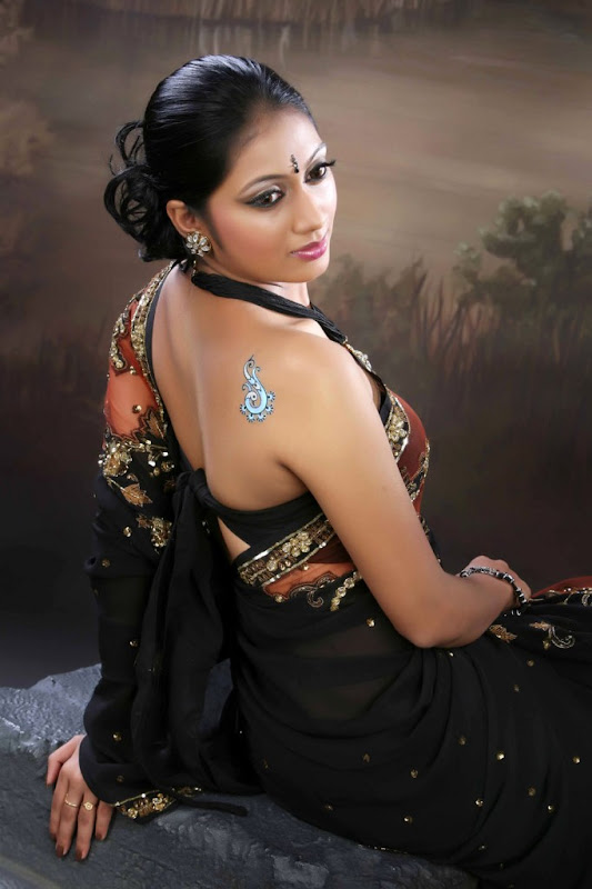 Udayatara  South Spicy Actress Latest HD Wallpaper Stills Photoshoot images