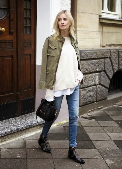 STREET STYLE INSPIRATION ARMY JACKET RIPPED JEANS