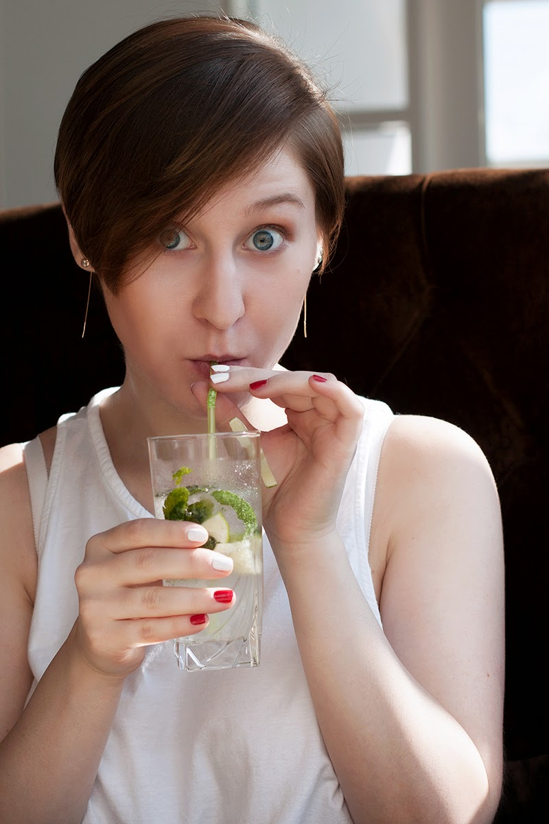 girl with a mojito cocktail
