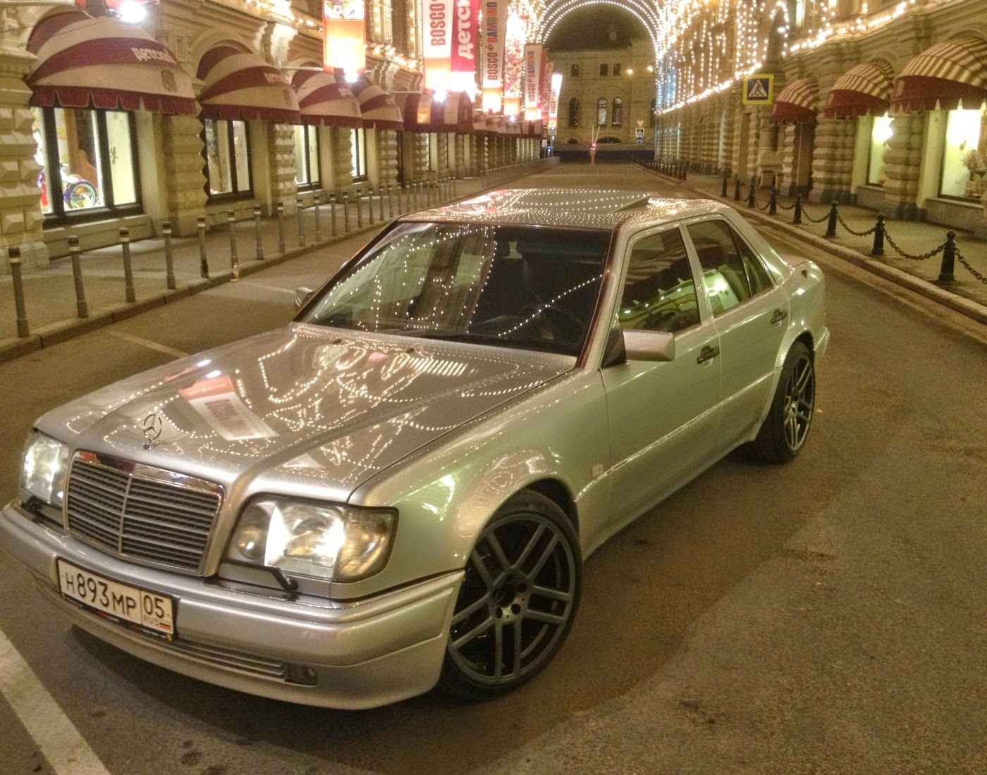 mercedes benz e500 w124 from moscow benztuning. Black Bedroom Furniture Sets. Home Design Ideas