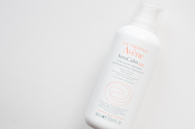 avene xeracalm ad lipid replenishing cleansing oil review