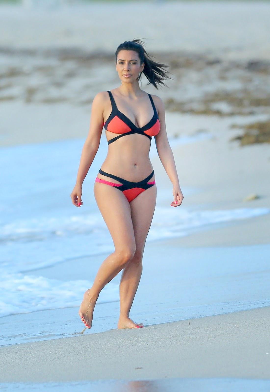 http://3.bp.blogspot.com/-FfaE54zfrQ4/UDUiaycY_6I/AAAAAAAADTE/0lo0_bdnlYI/s1600/Kim-Kardashian-Bikini-Candids-in-Miami.jpg