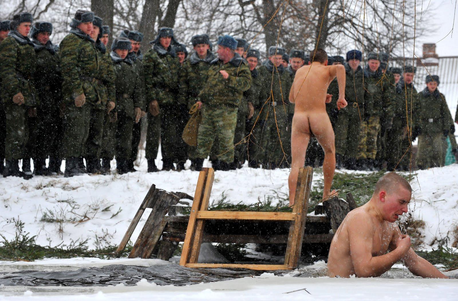 Солдаты в бани 14 фотография