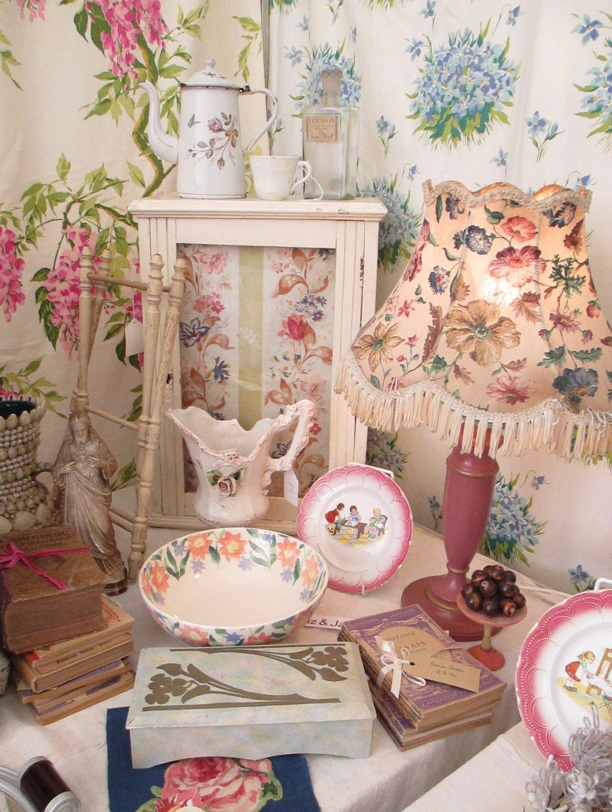 ordinary Living with Decorative Textiles ideas