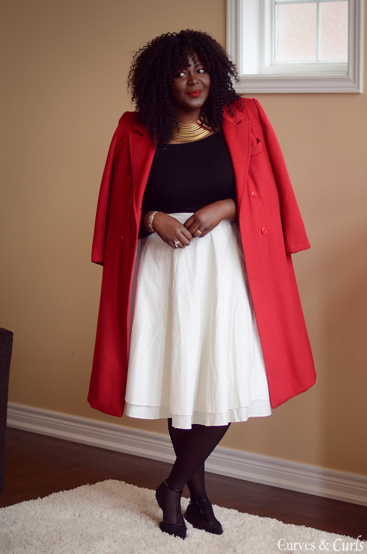 Red coat plus size Minnie  #wintercoat #curvy #moderonde #offshoulder #midiskirt #white #mycurvesandcurls #Assacisse
