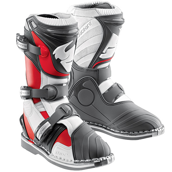 Thor Boots Quadrant3