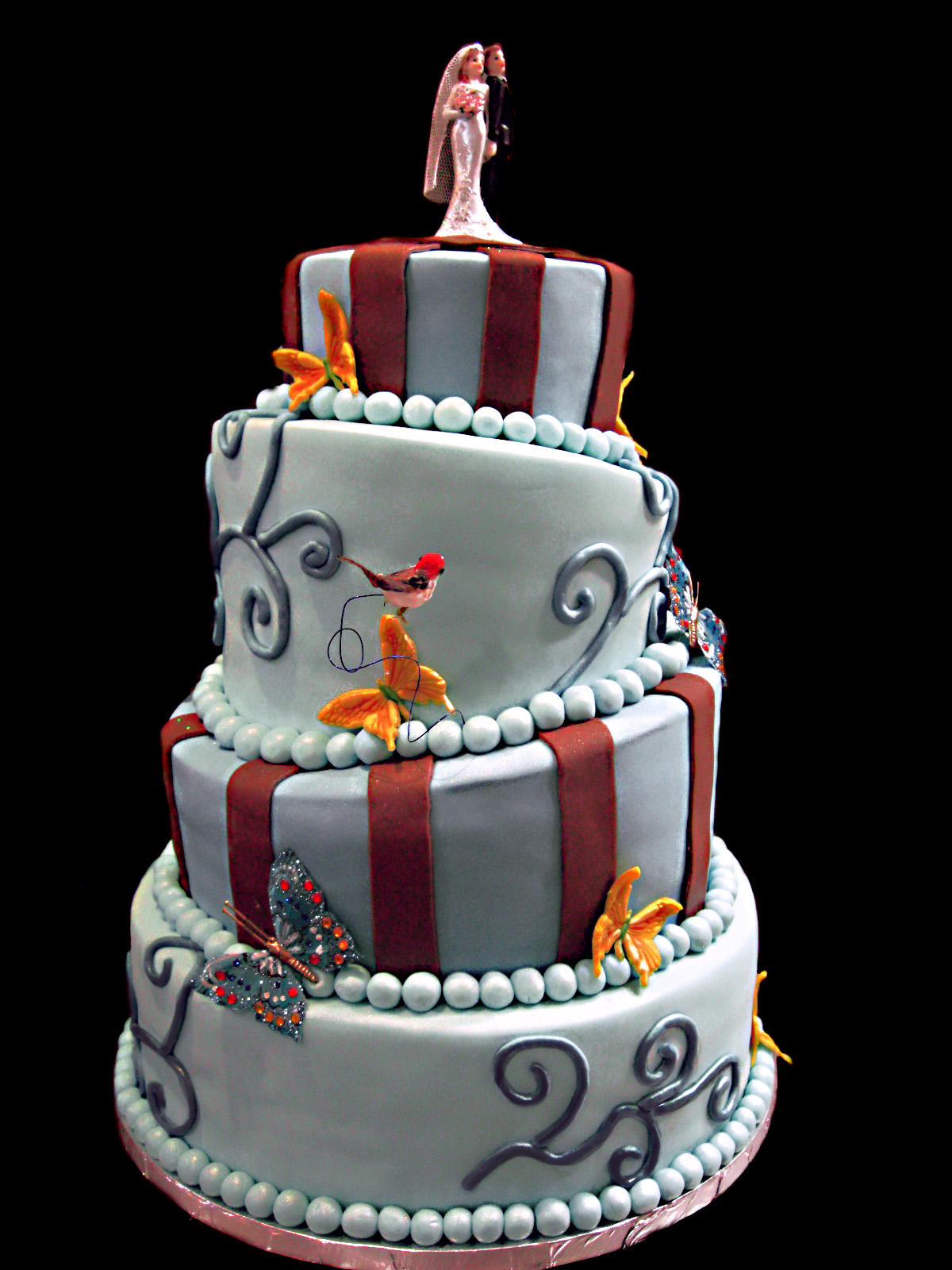 Wow Your Guests With These Topsy Turvy Wedding Cake Designs Wedding Cake Designs