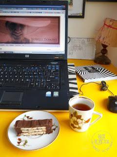 biurko, biuro, laptop