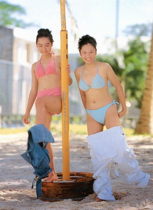 yoko mitsuya and nara saori sexy bikini pics 01